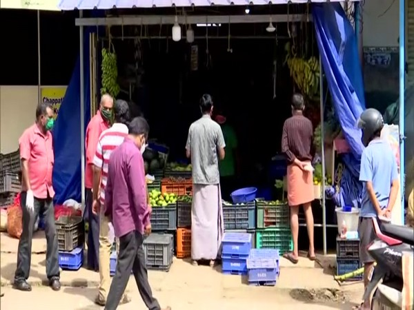 People in Thiruvananthapuram rushed to markets and local grocery shops on Thursday. (Photo/ANI)