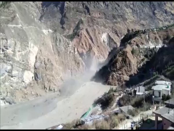 Water level in Dhauliganga River rose suddenly following glacier burst near a power project at Raini village in Tapovan area of Chamoli district. (Photo/ANI)