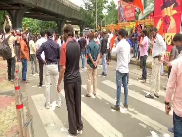 Protestors maintain social distancing in Mumbai's Lalbaug area