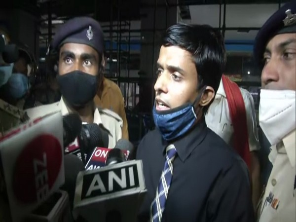 Superintendent of Police Vinay Tiwari, Bihar Police arrived at Patna Airport on Friday evening (Photo/ANI)