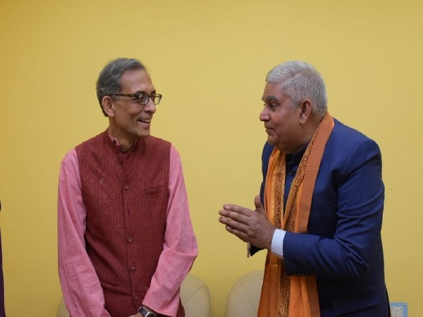Nobel laureate Abhijit Vinayak Banerjee on left with West Bengal Governor Jagdeep Dhankhar in Kolkata on Tuesday. (Image Source: @jdhankhar1)