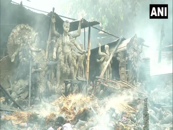 Fire broke out at an idol godown in Baishnabaghata, Kolkata on Saturday. (Photo/ANI)