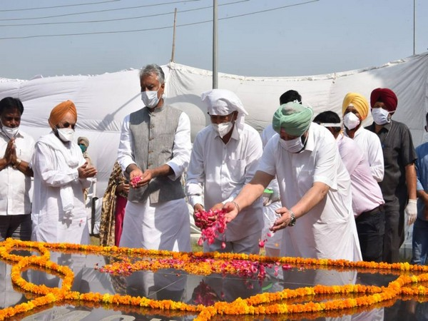 Punjab Chief Minister Captain Amarinder Singh in Khatkar Kalan (Photo/Punjab government)
