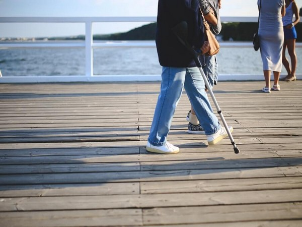 Regular physical activity lowers fracture risk in older women: Study