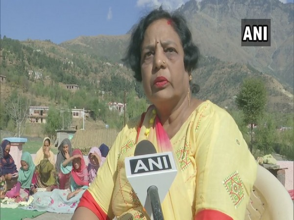 Handicraft instructor Krishna Kumari from Jammu and Kashmir's Rajouri talking to ANI.