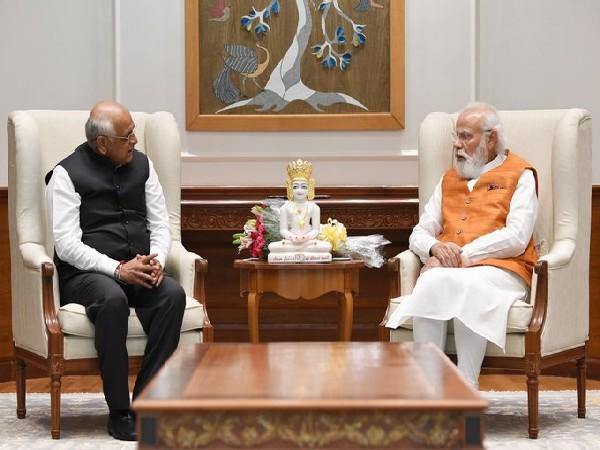 Gujarat Chief Minister Bhupendra Patel calls on PM Modi (Photo/PMO India)