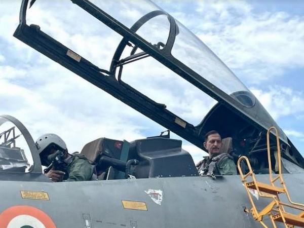 Lt Gen YK Joshi pays homage to Capt Batra on his 'Balidan Diwas'