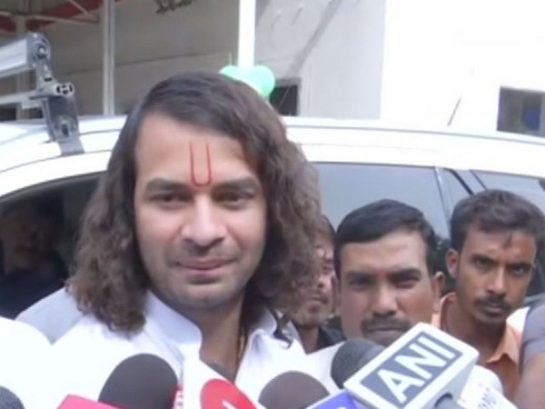 RJD leader Tej Pratap Yadav talking to media persons in Patna on Saturday