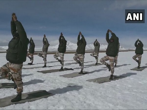 Visuals of ITBP personnel performing Yoga at an altitude of 18000 feet in northern Ladakh in minus 20 Degrees Celsius temperature. (Photo:ANI)