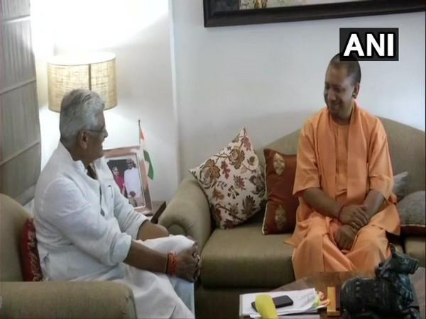 UP Chief Minister Yogi Adityanath meeting Union Jal Shakti Minister Gajendra Singh Shekhawat in New Delhi on Sunday. Photo/ANI