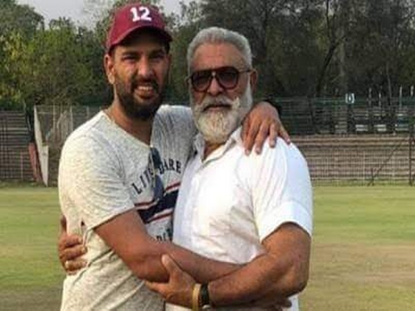 Cricketer Yuvraj Singh with his father Yograj Singh. (Picture source: Twitter)