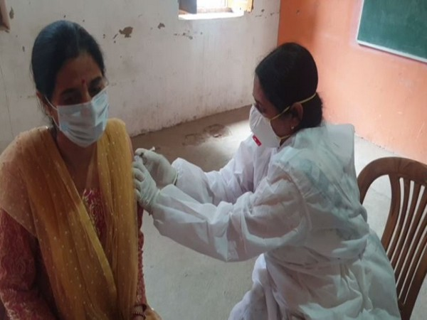 Covid-19 vaccination drive for people aged 18-44 years in Doda (Photo/ANI)