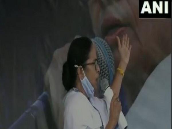 West Bengal Chief Minister Mamata Banerjee in Burdwan (photo/ANI)